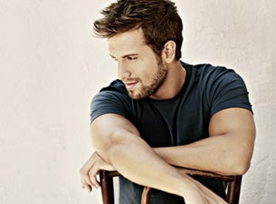 More Info About Pablo Alboran
