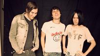 The Cribs, the Paws, Dirty Bangs