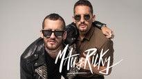 """Mau y Ricky """"Dos Desconocidos Tour"""""""