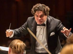 Ono Dirigeix la Simfonia Tità - Mahler