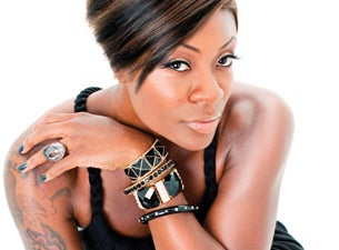 Jully Black Tickets
