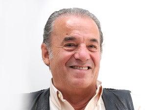Oscar Chávez