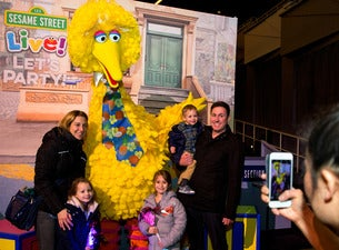 Sesame Street Live!: Big Bird & Friends Meet & Greet