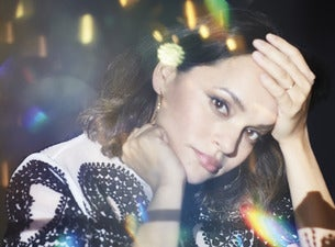 Norah Jones - Day Breaks World Tour