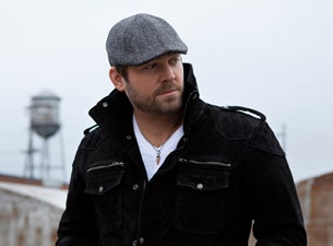 Hooters Pageant Presents: Lee Brice