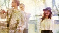 Blonde Redhead at Magic Stick