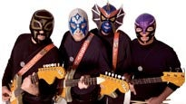 Los Straitjackets at Club Cafe